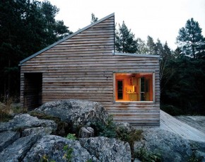 Solid Wood Cabin Woody 35 by Marianne Borge