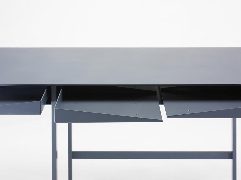 Folia Desk 6