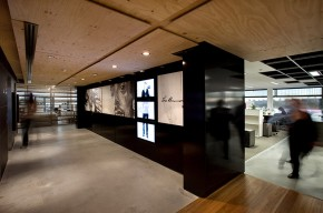 Leo Burnett Office Interiors by HASSELL