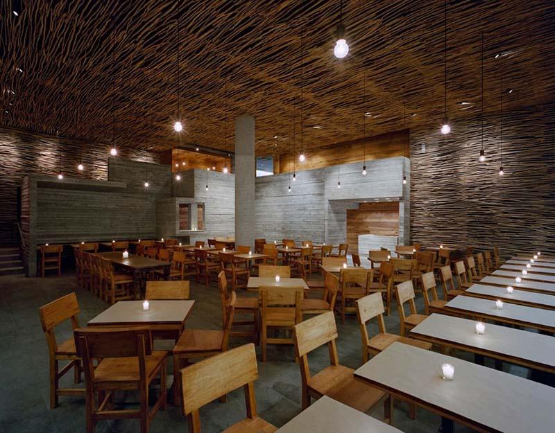 Pio Pio Restaurant Interiors 4