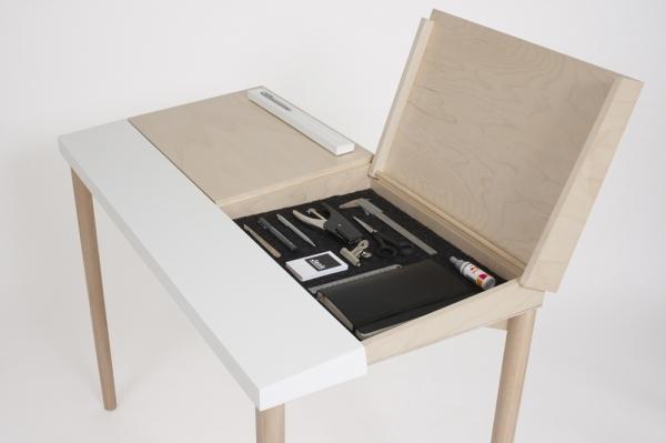 Slope Desk 7