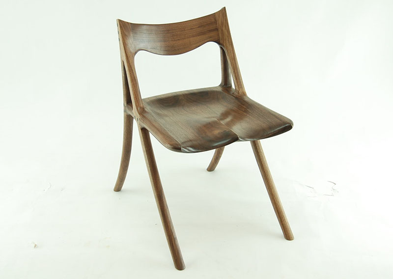 A Chair by Canadian Woodworks 4