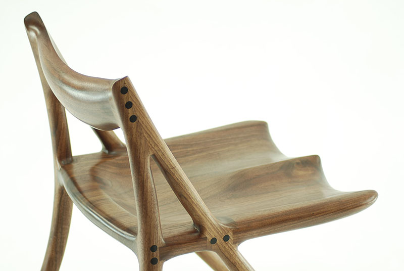 A Chair by Canadian Woodworks 8