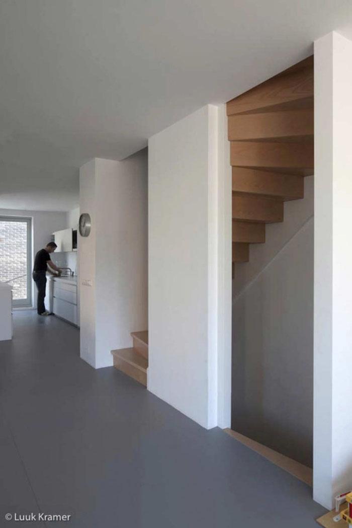 Corner House 7
