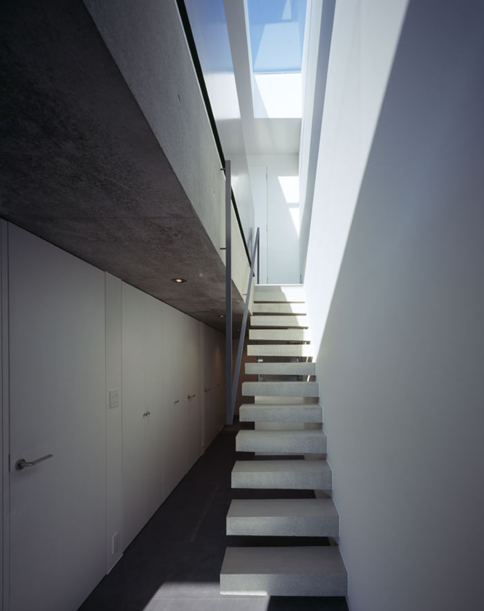 Flow House by Apollo Architects 6