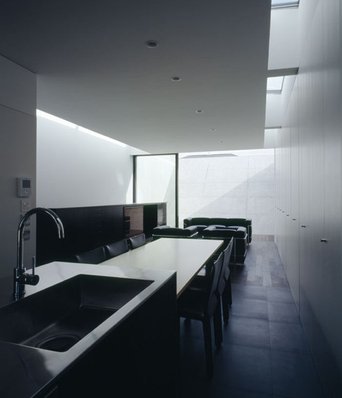 Flow House by Apollo Architects 7