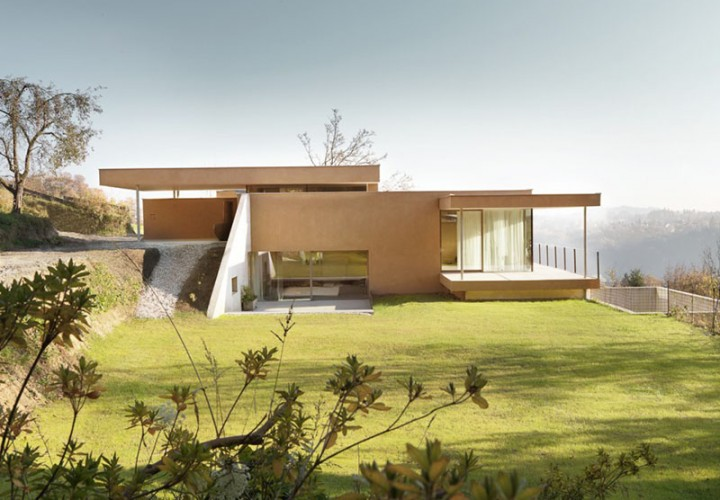3M Hillside House