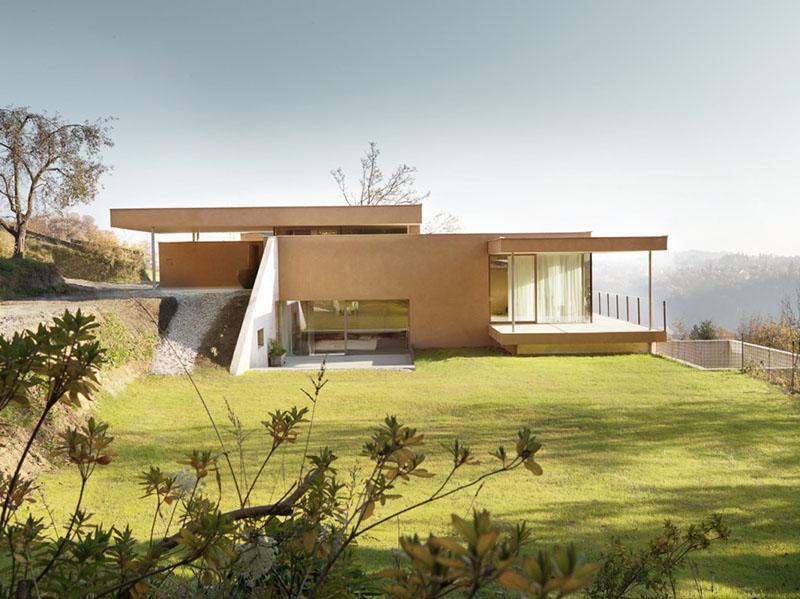 3M Hillside House