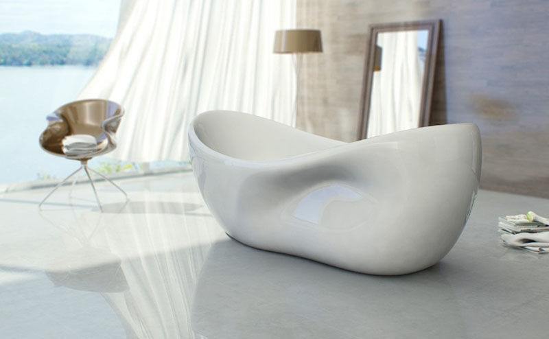 Charme bathtub design