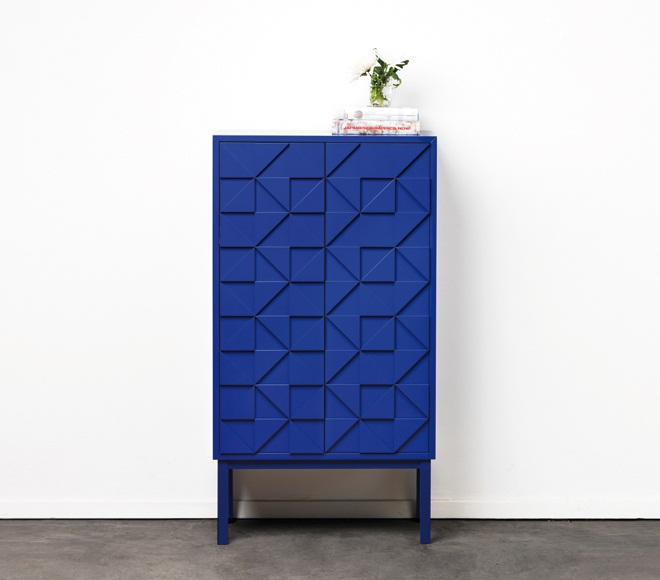 Collect 2011 Cabinet Blue