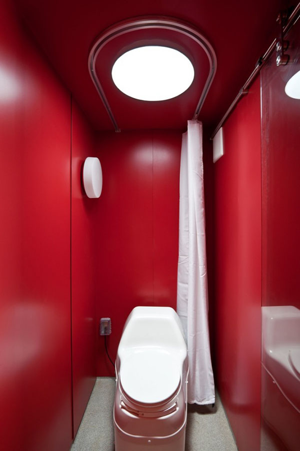 Container Guest House 10