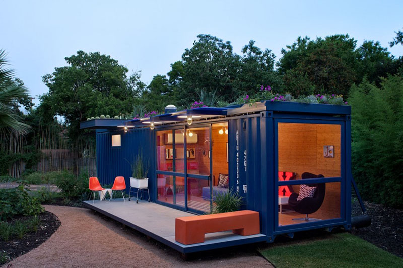 Container Guest House 4
