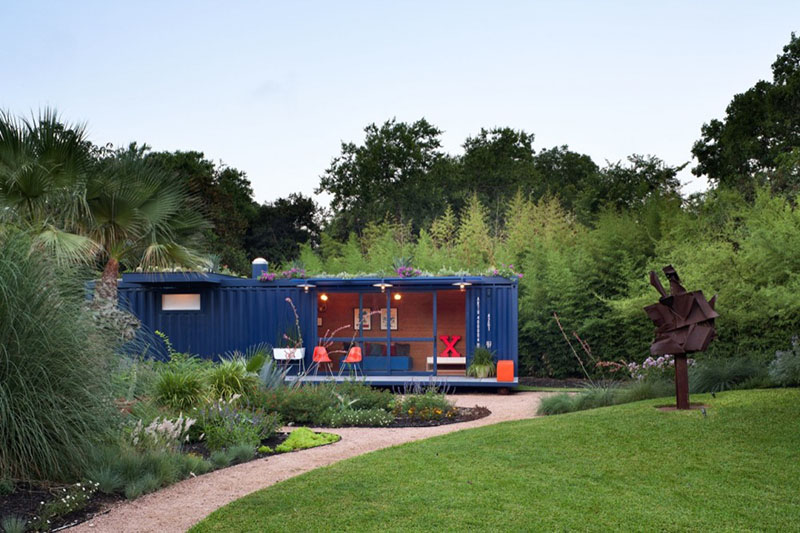 Container Guest House 5