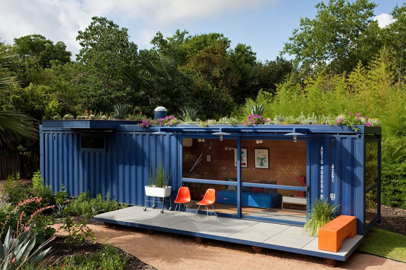 Container Guest House 8