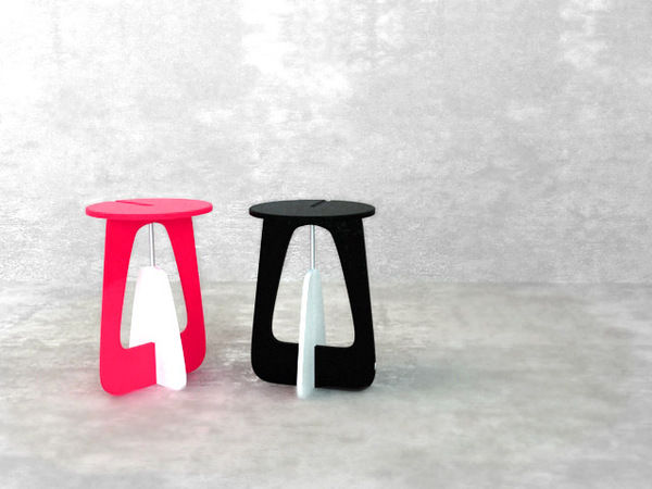Olly foldable stool concept 1