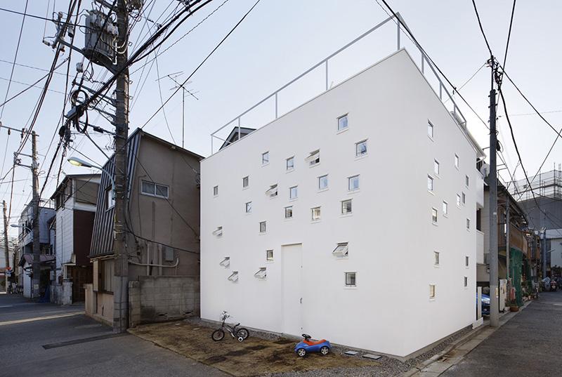 RoomRoom by Takeshi Hosaka 2
