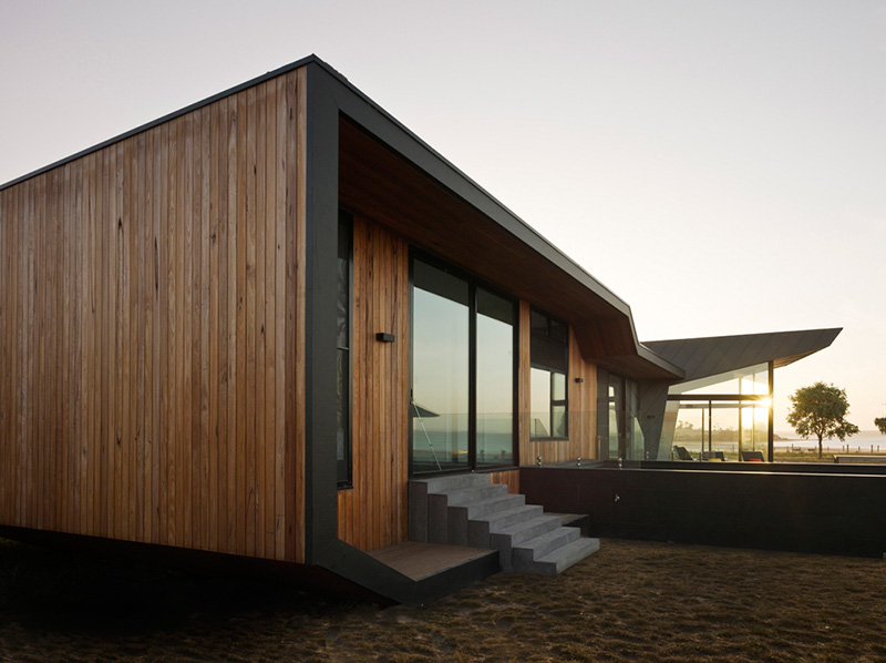 Beached House 4