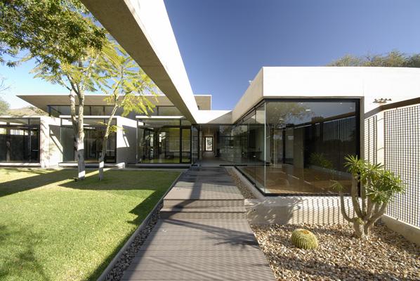 Offices For Bührmann & Partners 4