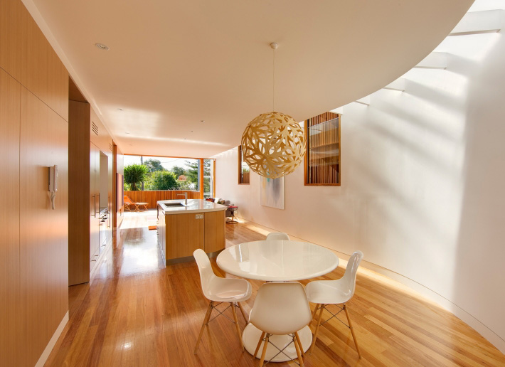 Curl Curl Residence 7