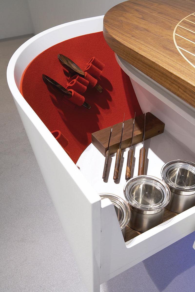 Marecucina kitchen shaped like boat 13
