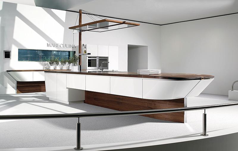 Marecucina kitchen shaped like boat 3
