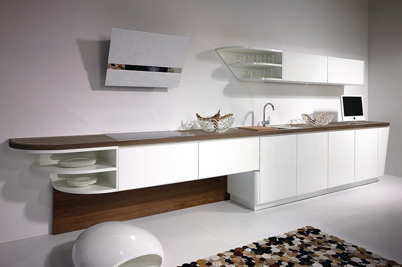 Marecucina kitchen shaped like boat 7