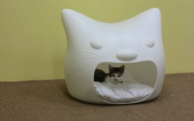 Kitty Meow Cat Bed by Studio Mango