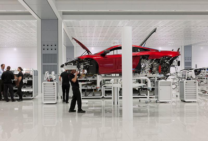 McLaren production Centre by Foster + Partners 4