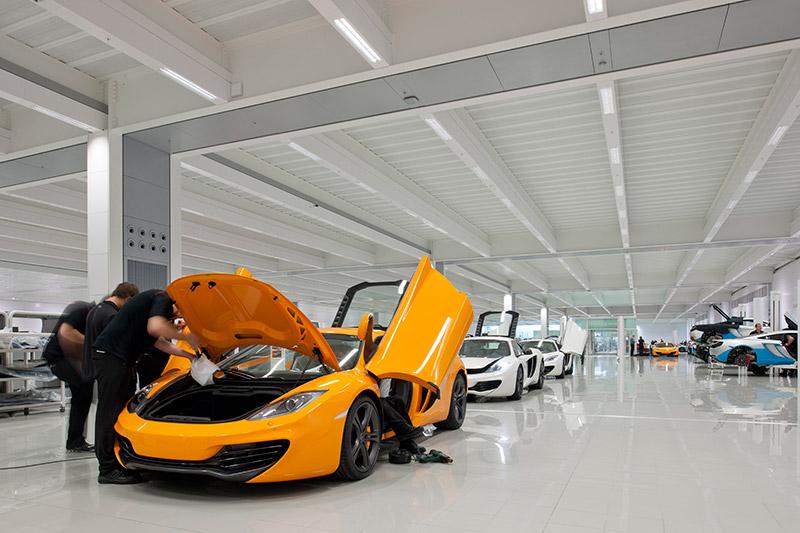 McLaren production Centre by Foster + Partners 6