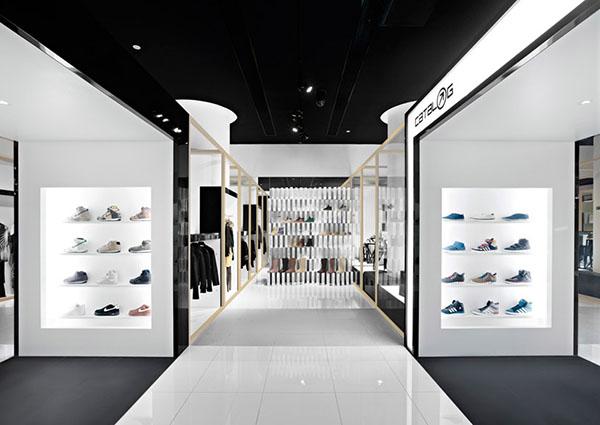 Catalog Flagship Store in Beijing 6