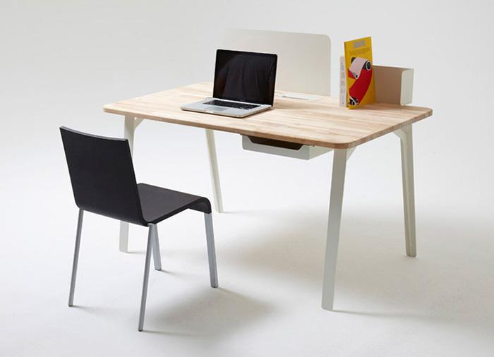 Mantis modular work desk 3
