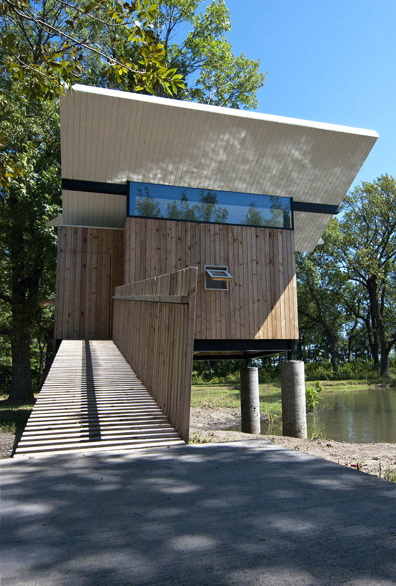 meditation hut Victor 3