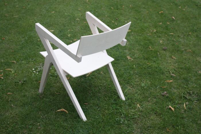Grasshopper Chair 2