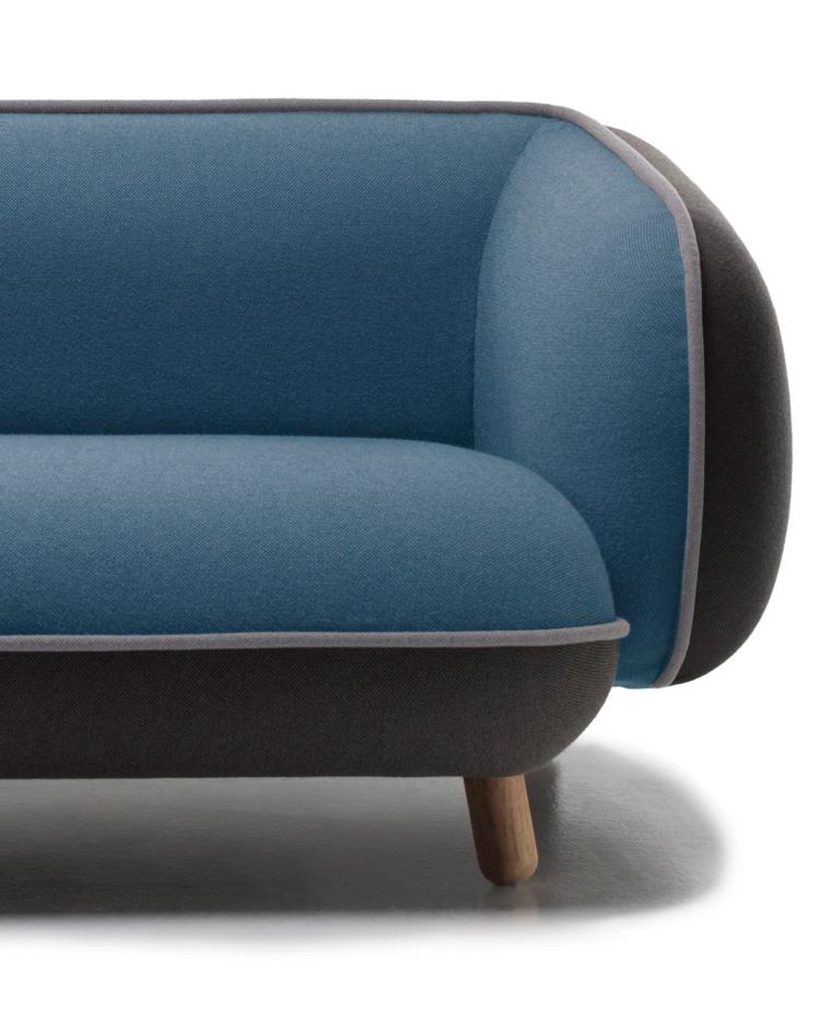 Snoopy Sofa 5