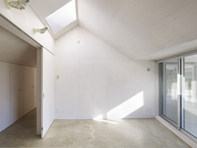Cloudy House by Takao Shiotsuka Atelier 7