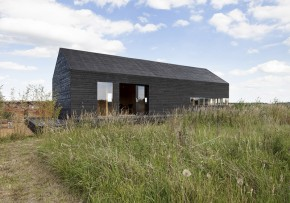 Stealth Barn by Carl Turner Architects