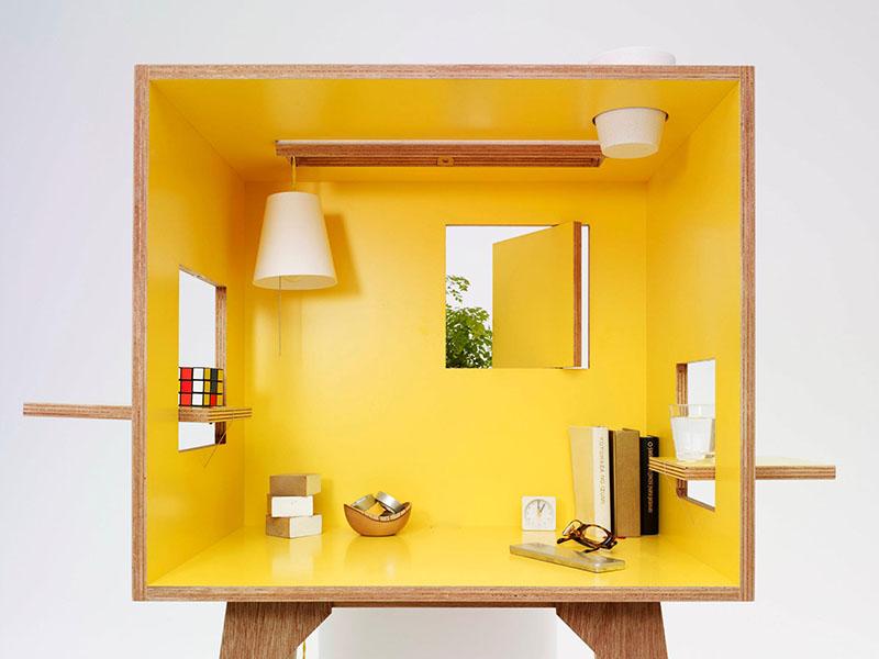 Koloro Desk 1