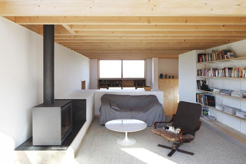 Sampan's House living room