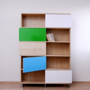 Hide & Show Bookshelf by Miriama Balazova