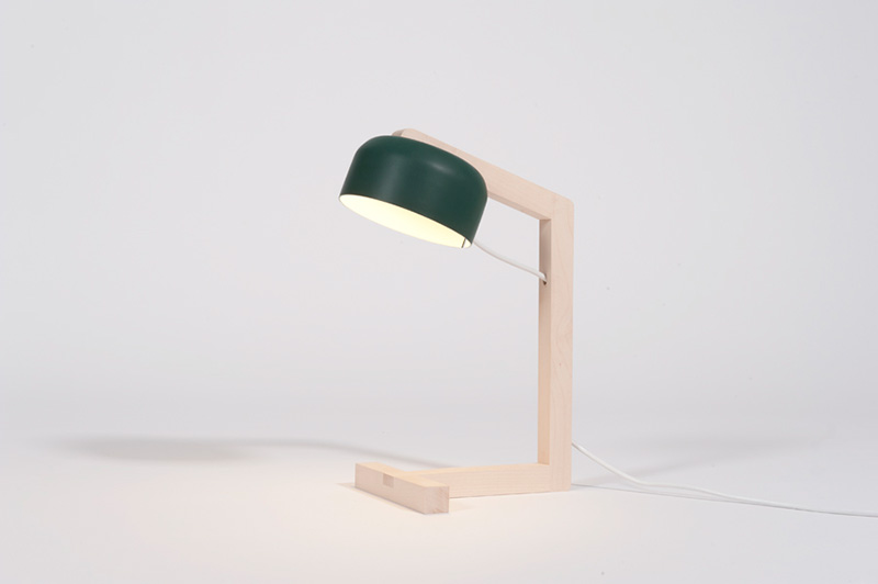 Snvsen Desk Lamp by MadeByWho