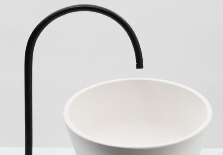 un-lavabos-tilting-sink-5