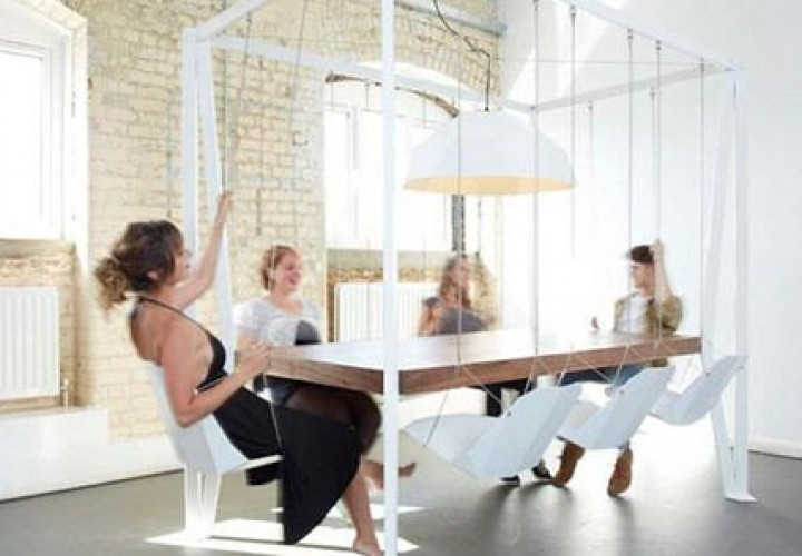 swing-table-f