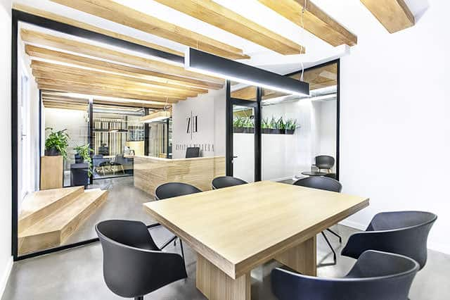 Zapata & Herrera Lawyer's Office Interior by +Quespacio