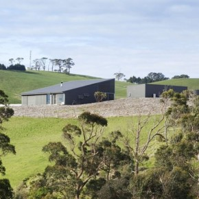 Calm Rural Retreat - Woolamai House by Kerstin Thompson Architects