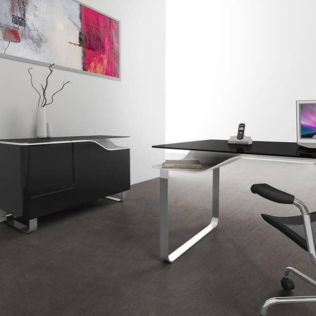 Doble Desk by Studio 06
