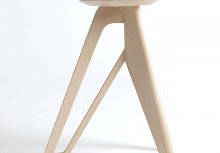 tripod-stool-f