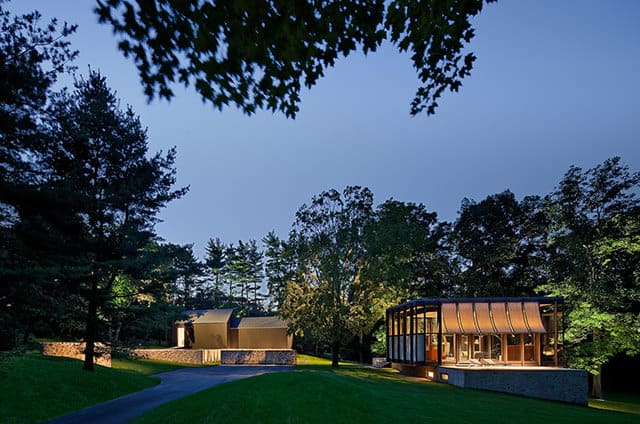 Country Estate by Roger Ferris and Partners
