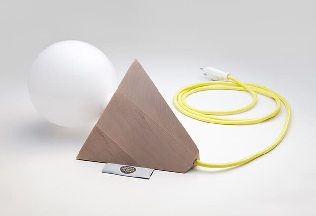 Relight Desk Lamp by Saehee Her