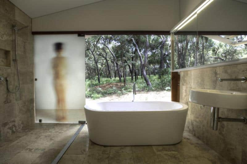 Drew House Private Holiday Retreat in Australia by Simon Laws