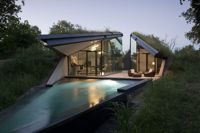 Edgeland House by Bercy Chen Studio
